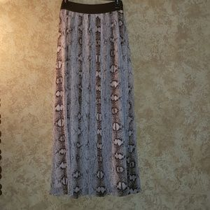 Classy Stylish Maxi Skirt Flowy Animal Print